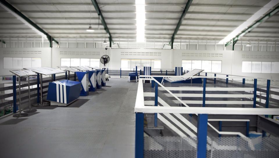 PT. Trifas Sinergi Indonesia   Adidas   Kontraktor Pameran   Desain Interior